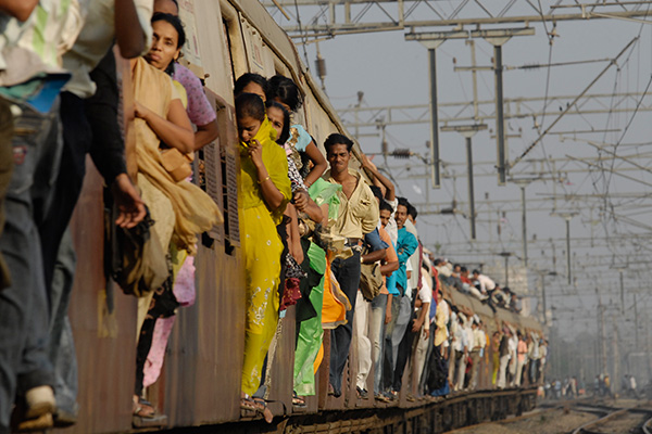 "The daily commute for many residents of Mumbai, India. Photo courtesy of ""A little world of my own"" blogspot."